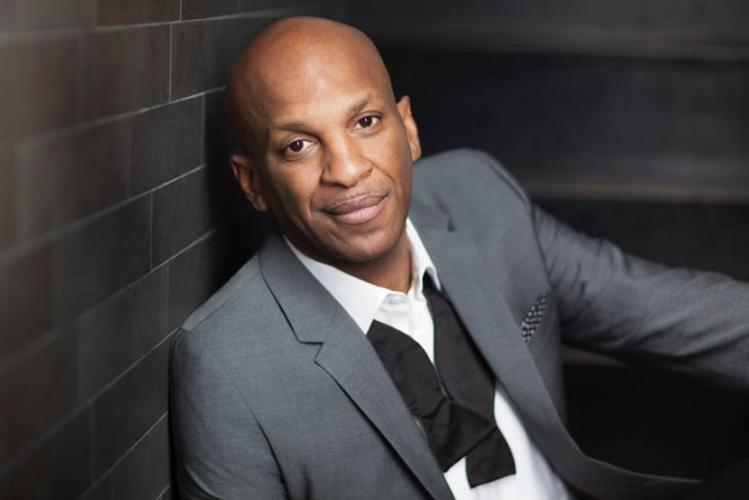 Donnie McClurkinProfile, Photos, News and Bio