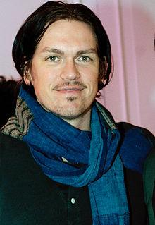 Steve HoweyProfile, Photos, News and Bio