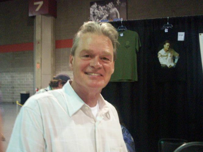 Doug StoneProfile, Photos, News and Bio