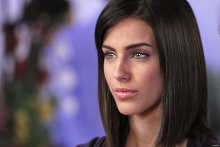Adrianna Léon