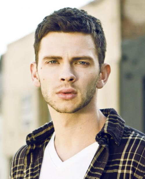 Devon GrayeProfile, Photos, News and Bio