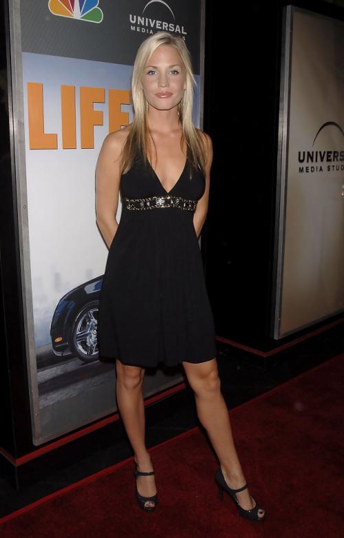 Olivia HardtProfile, Photos, News and Bio