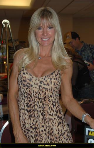Hope Marie CarltonProfile, Photos, News and Bio