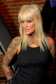 Janine LindemulderProfile, Photos, News and Bio