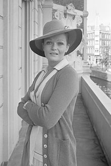 Valerie PerrineProfile, Photos, News and Bio