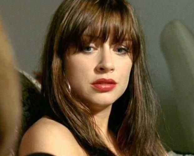 Pablone - kiss lesbians for alls - baiser - celebrity hot