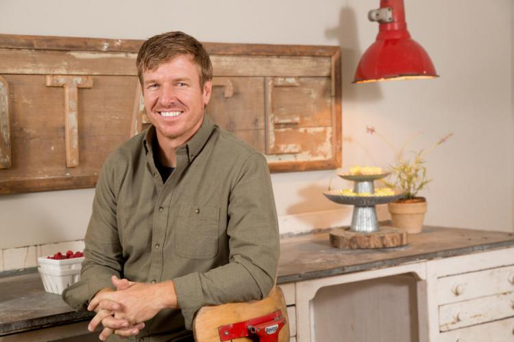 chip gaines profile photos news bio celebnest. Black Bedroom Furniture Sets. Home Design Ideas