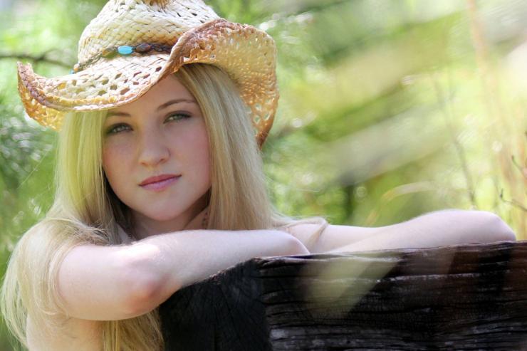 Lexie Grace