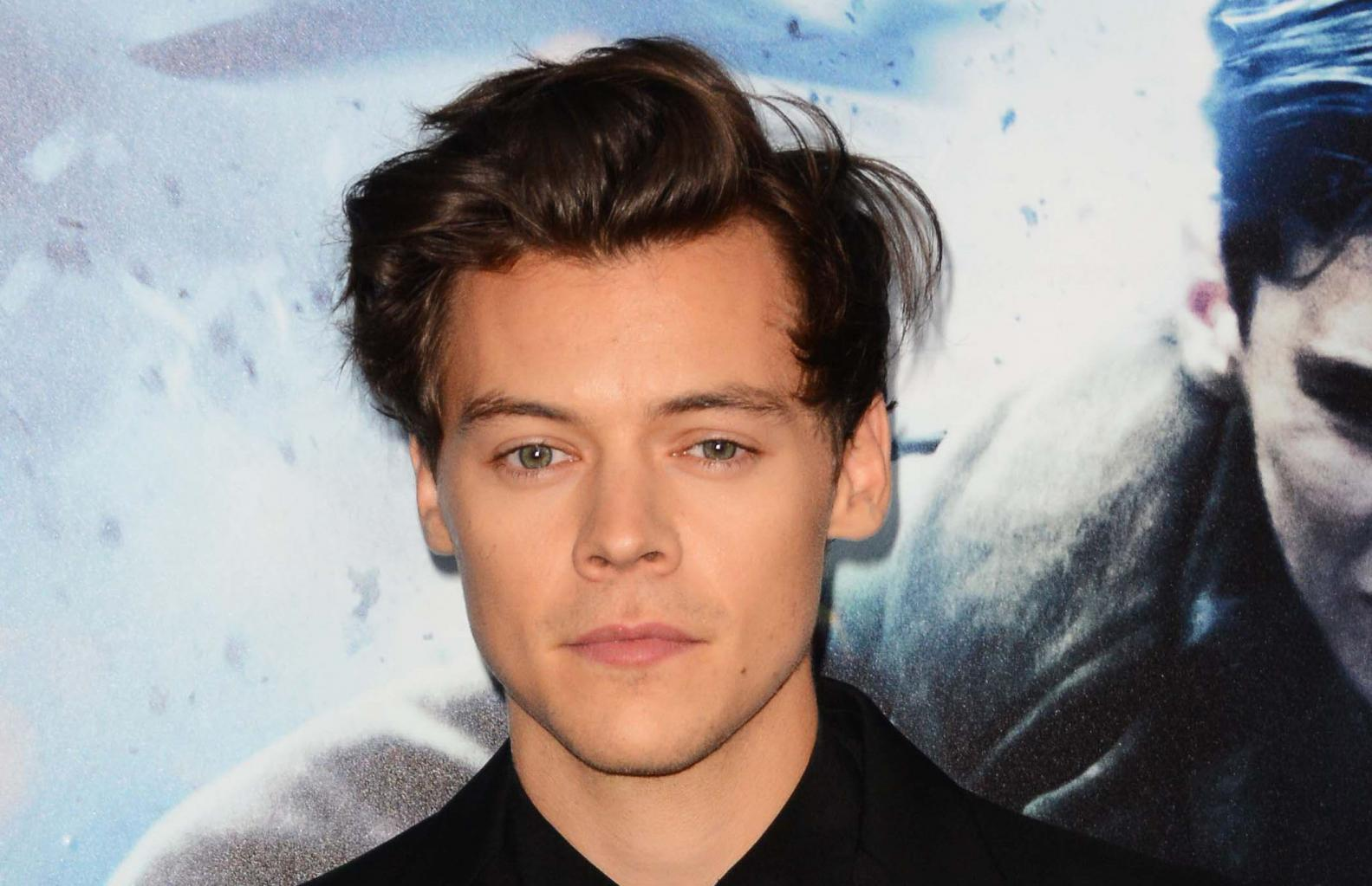 Science Confirms Harry Styles Is Handsome (But Not As Handsome As George Clooney)