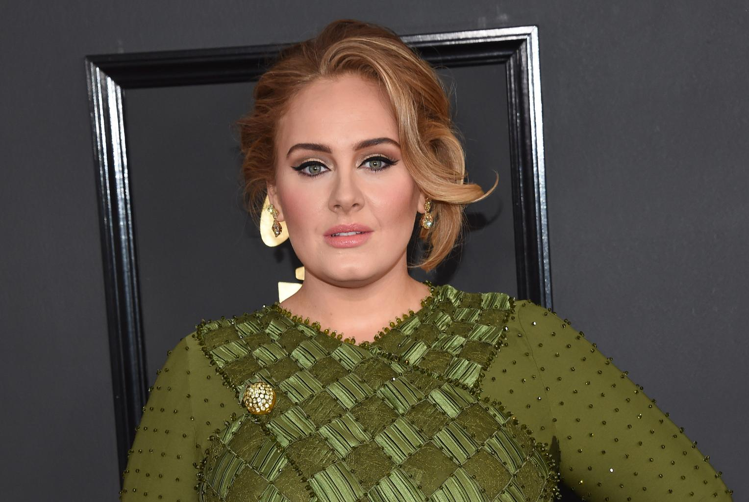 Con Man Arrested For Posing As Adele  's Manager To Nab Concert Tickets From Kendrick Lamar  's Manager