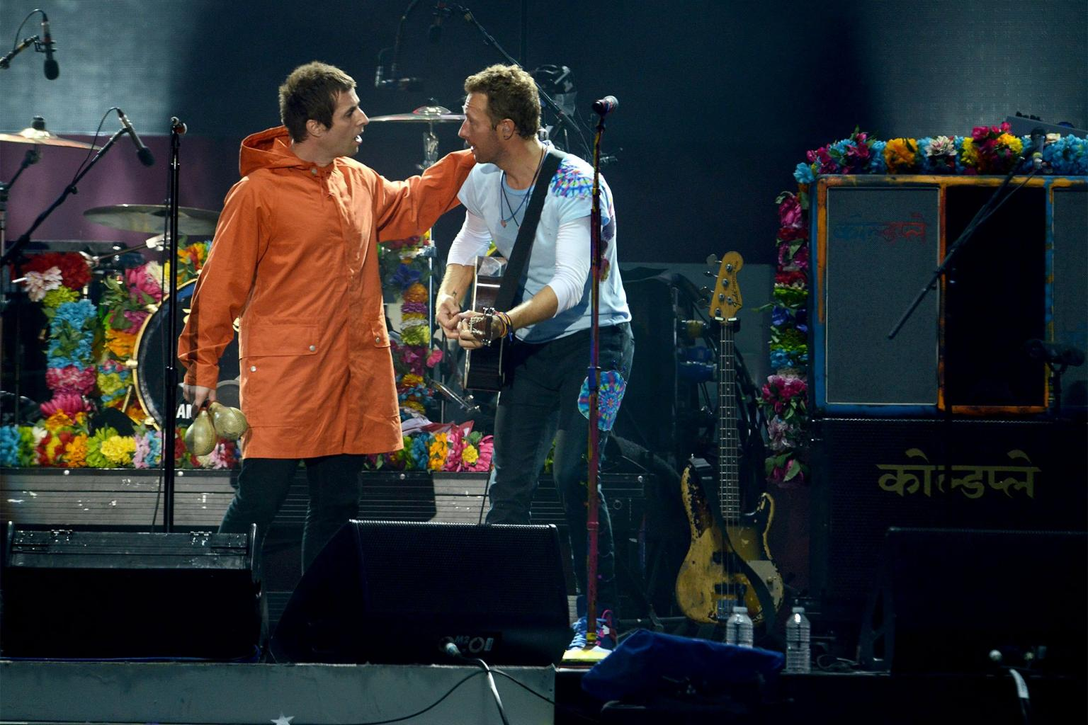 Manchester Strong! Oasis Frontman Liam Gallagher Makes Surprise Appearance at    Ariana Grande       's Benefit Concert