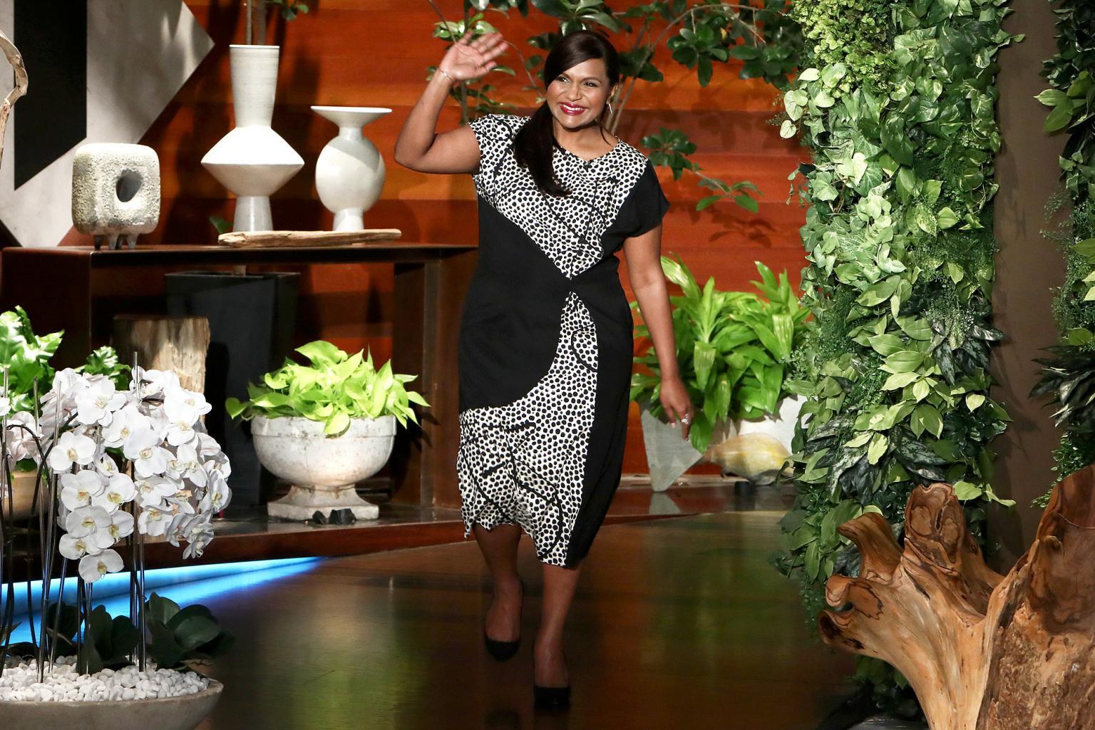 Mindy Kaling Confirms She's Having a Baby Girl & Talks Oprah Winfrey Spilling the Pregnancy Beans