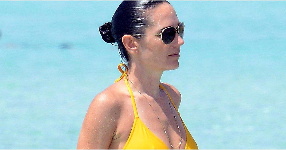 1 Look at Jennifer Connelly's Bikini Body Will Have You Dropping Down and Doing Crunches