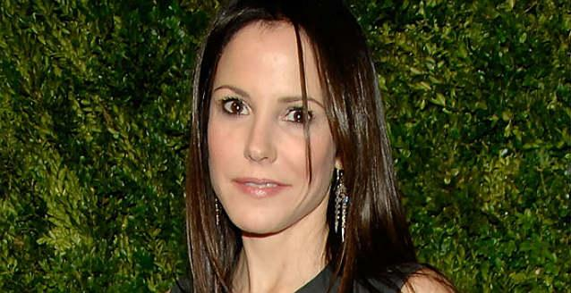 Mary-Louise Parker       's Nanny Arrested, Accused of Stealing Thousands From        Weeds      '  Star