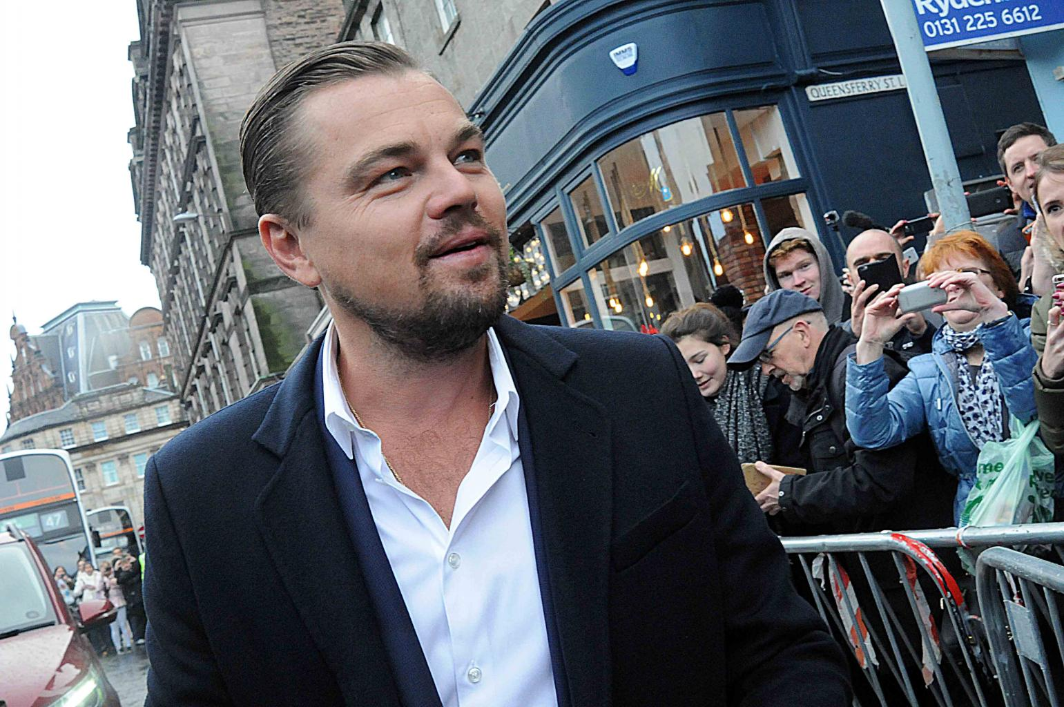 Leonardo DiCaprio Teams Up With Billionaire Carlos Slim And Mexico's President To Save Endangered Porpoises