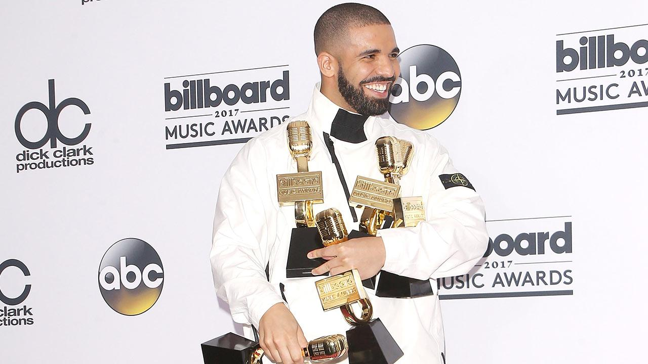 Drake Has the Best Night Ever, Breaks Adele's Record With 13 Wins at 2017 Billboard Music Awards