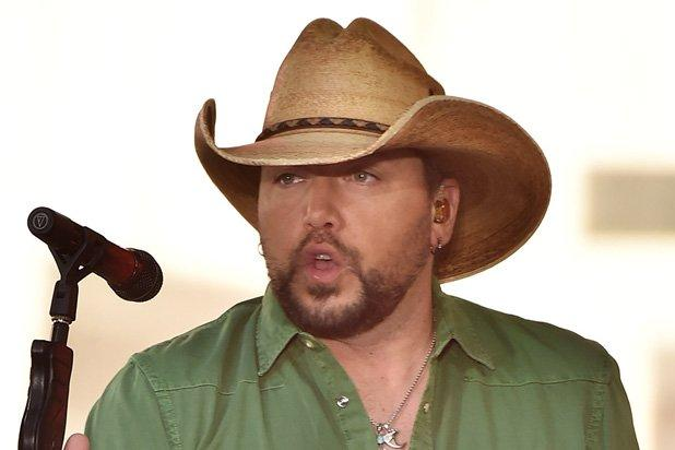 Jason Aldean Offers Prayers for Las Vegas Shooting Victims:        It Hurts My Heart