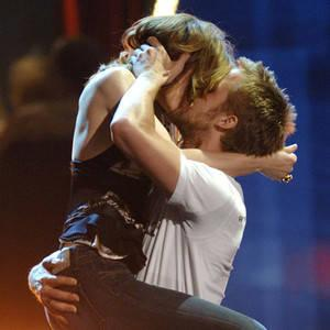 The Most Memorable Onstage Kisses in the History of the MTV Movie & TV Awards