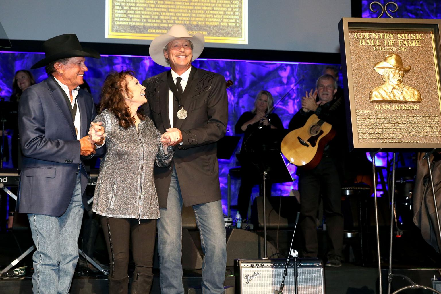 Loretta Lynn  's Surprise Appearance Highlights Alan Jackson  's Hall of Fame Induction:   'I Love You,  Honey!