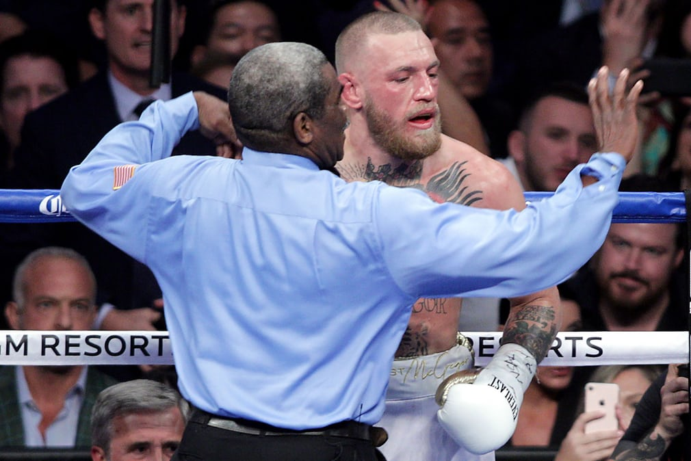 Floyd Mayweather beats Conor McGregor: how the fight unfolded  in pictures