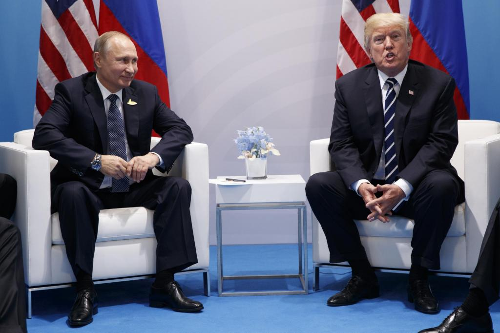 Putin points at journalists and asks Trump 'are these the ones insulting you?'. Trump says yes