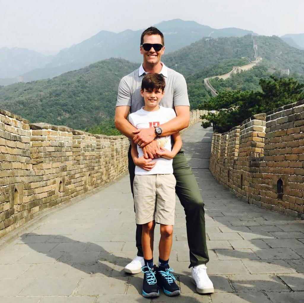 See All the Stars      '  Father       's Day Moments       '  from Golf to the Great    Wall
