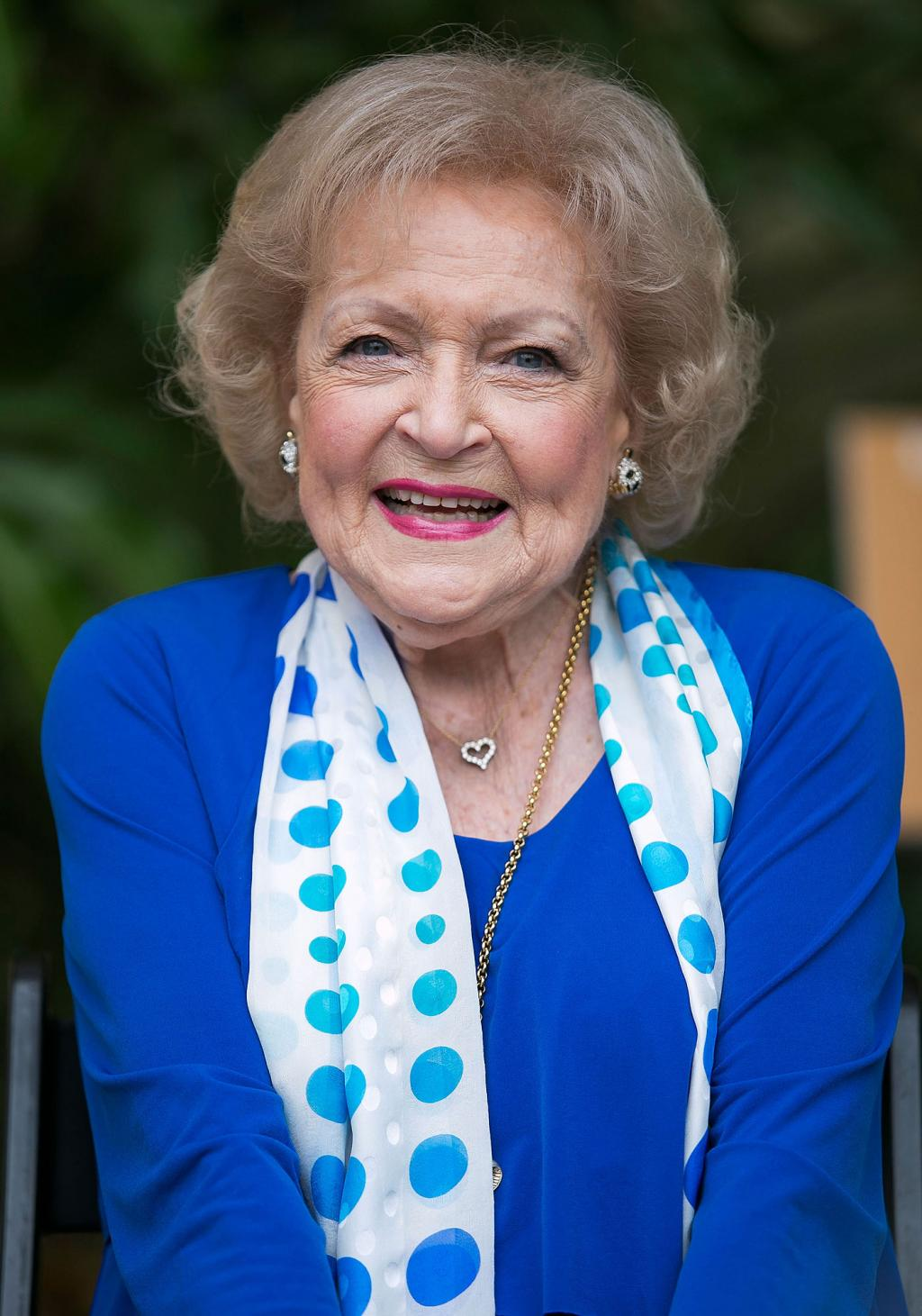 94-Year-Old Betty White Is Free for Dates: Men Are   'a Hobby of Mine