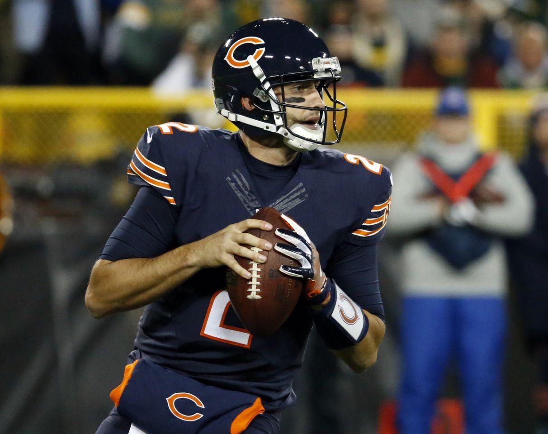 Brian Hoyer (broken arm) knocked out against Packers; Bears turn to Matt Barkley