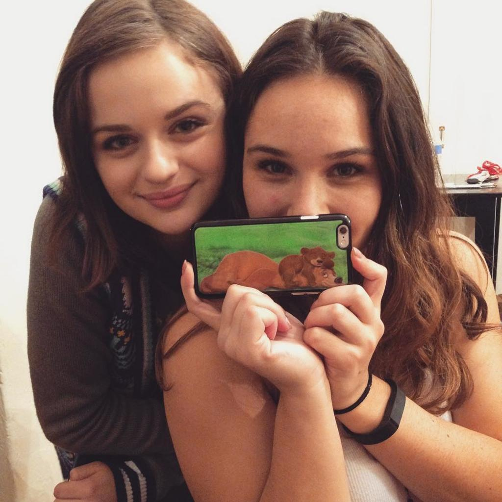 Actress Joey King       's Sister Hit by a Semi-Truck:        Please Keep Her in Your Thoughts