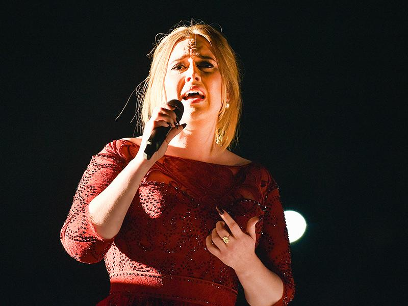Adele Blames 'Piano Mics' For Grammys Audio Issues - Says Sh