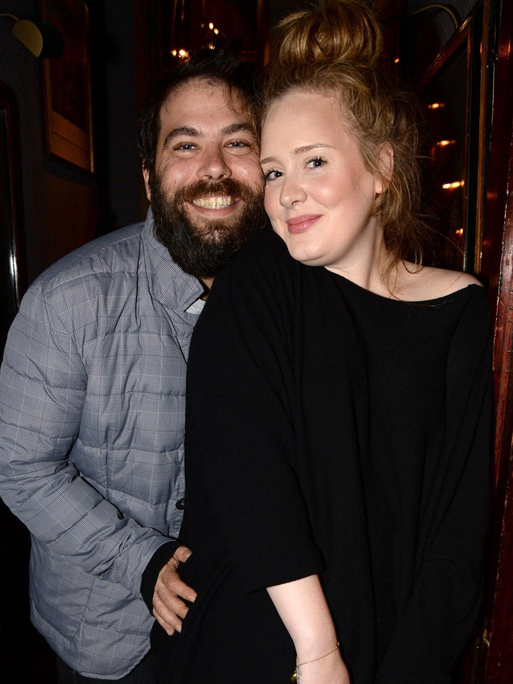 Adele Finally Confirms That She       's Married to Simon Konecki:        I        ve Found My Next Person