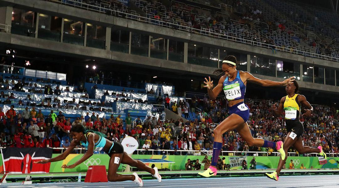 Allyson Felix lost a gold medal to Shaunae Miller because of a dive. It  's legal.