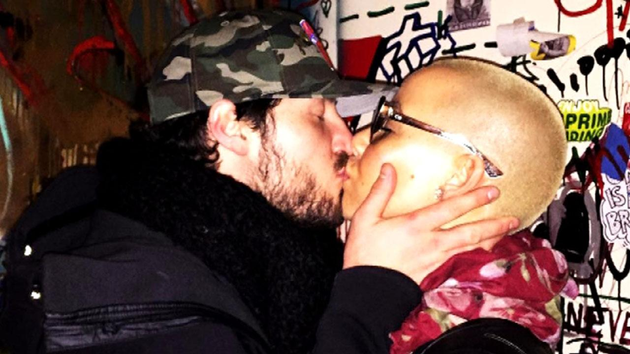 Amber Rose Shares New Pda Pic With 'My Love' Val Chmerkovskiy, Opens Up About 'Amazing' Romance on 'Loveline'