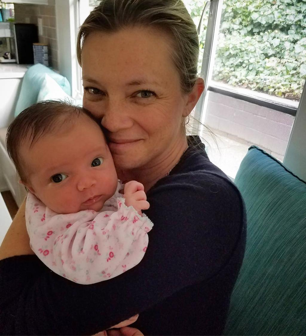 Amy Smart Reveals Daughter Flora Carried by Surrogate: 'I Give Thanks'