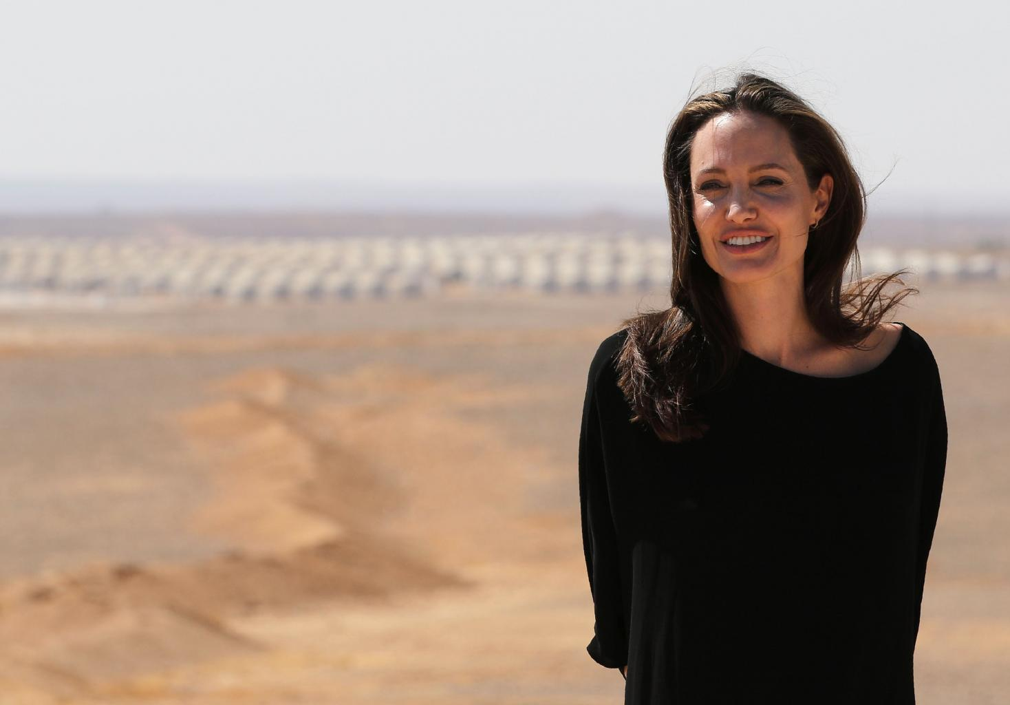 Angelina Jolie Confirmed to Teach at London School of Economics in 2017