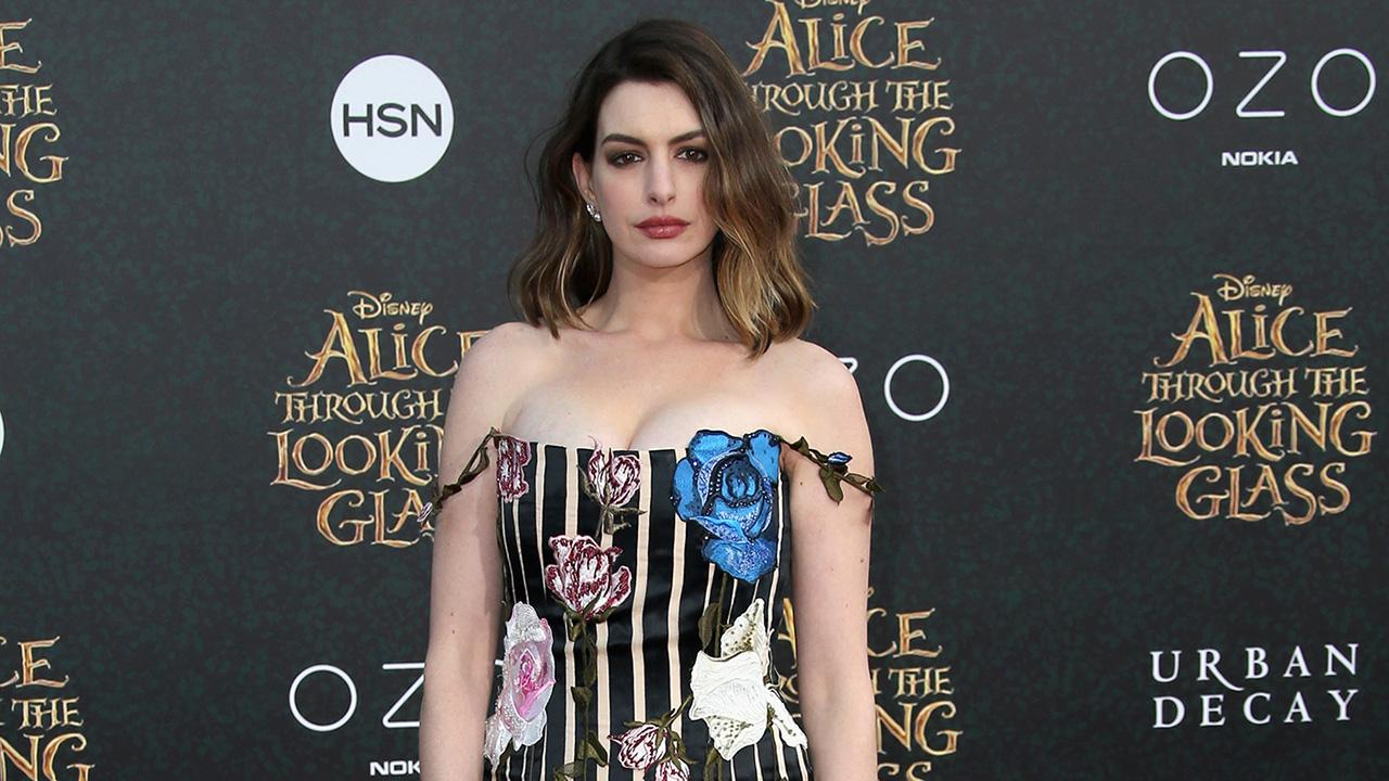Anne Hathaway Joins Rebel Wilson in 'Dirty Rotten Scoundrels' Remake