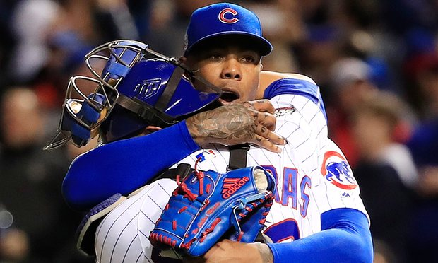 Aroldis Chapman shines to keep Cubs' World Series hopes alive against Indians