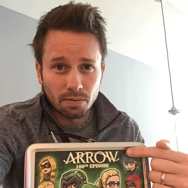 Arrow's Tyler Ritter Will Restore Your Faith in Good Neighbors After His Wedding Ring Goes Missing