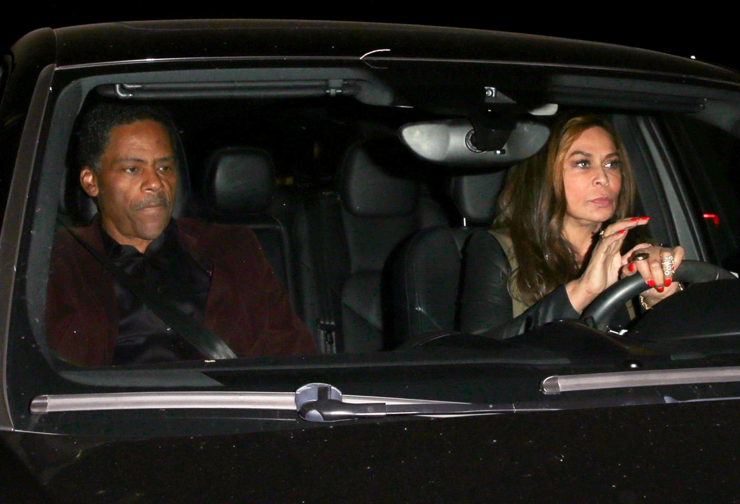 Beyonc           's Mom and Kelly Rowland Arrive to Jay Z       's Super-Private Birthday Bash