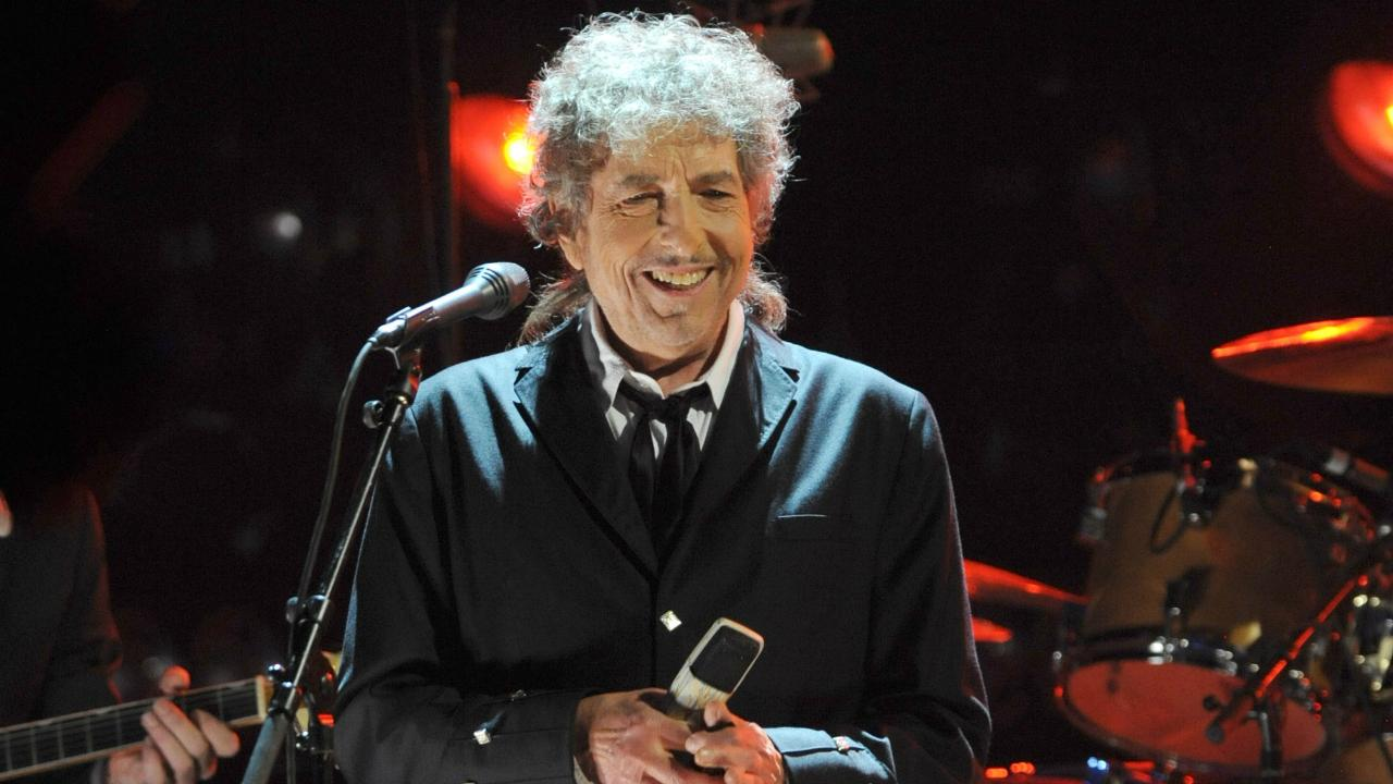 Bob Dylan Finally Speaks Out About His Nobel Peace Prize Honor