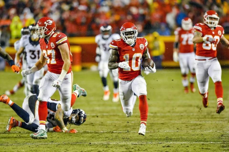 Another game, another huge play for the Chiefs' Tyreek Hill
