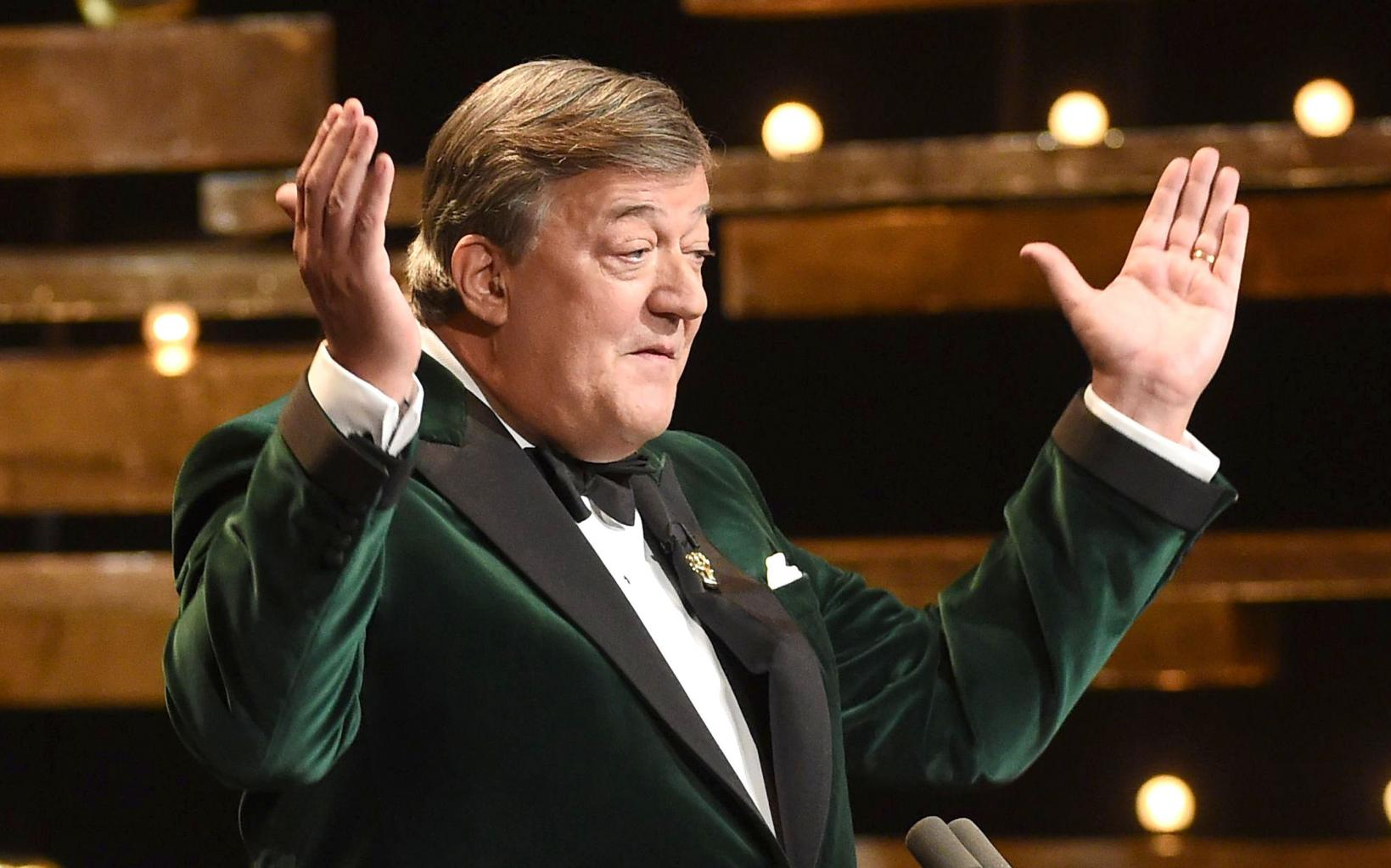 Comedian Stephen Fry Quits Twitter in Huff After Bag Lady Jo