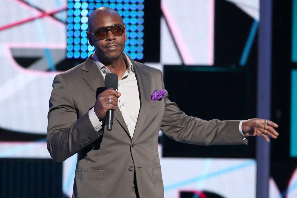 Dave Chappelle To Host        Saturday Night Live      '  On November 12
