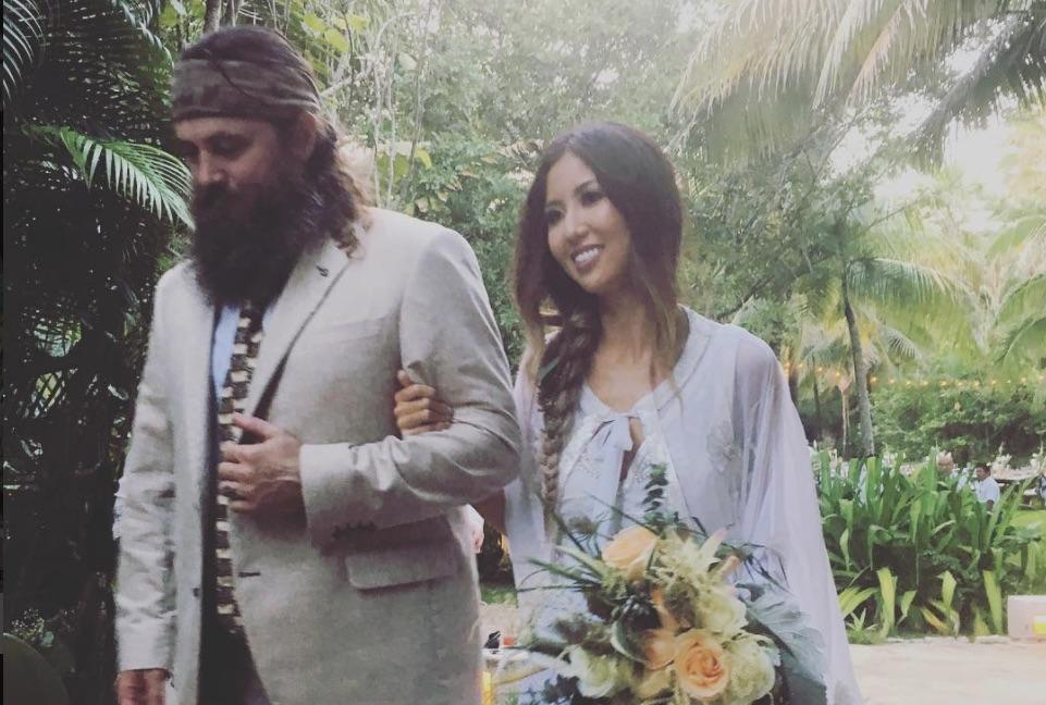 Duck Dynasty '  Dad Willie Robertson Walks Daughter Down The Aisle At Her Wedding