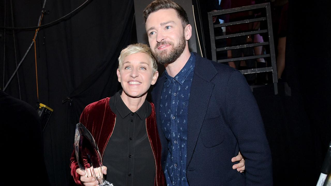 Ellen DeGeneres Honored With Record-Shattering 20th Prize at 2017 People's Choice Awards