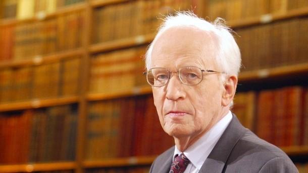 Prominent German historian Ernst Nolte dies at 93