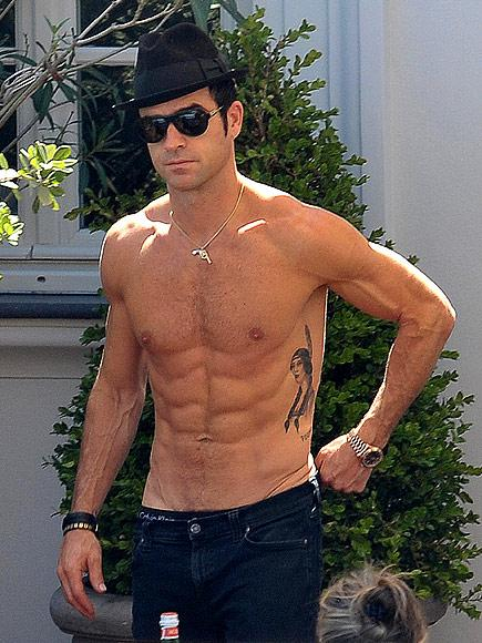 Even Jennifer Aniston Says Justin Theroux's Ripped Body Is '