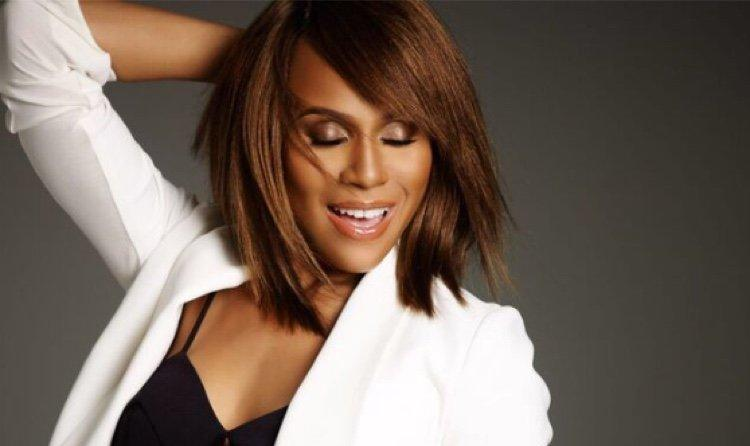 Exclusive: Deborah Cox Talks Channeling Whitney Houston For 'Bodyguard' Tour, Says She Has Family's Blessing