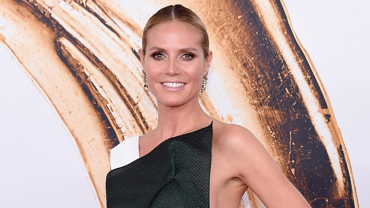 Exclusive: Heidi Klum, Karlie Kloss Added to 2016 American Music Awards Presenters Lineup
