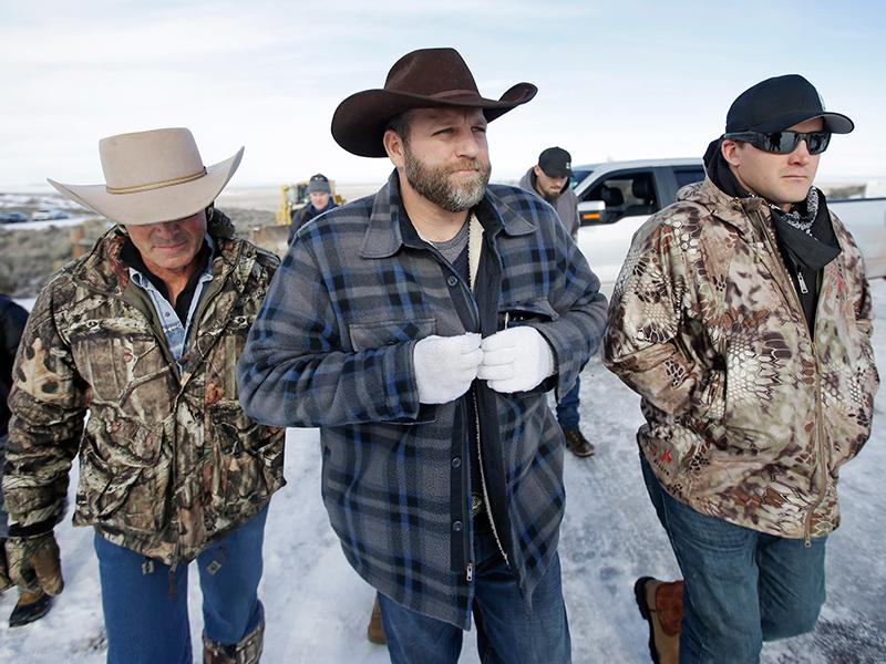 FBI Confirms 1 Dead as Oregon Militia Leaders Arrested: Repo